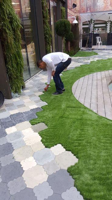 התקנת דשא סינטטי בבית
